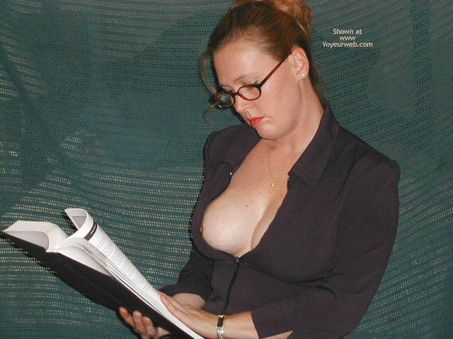 Pic #1 Sexy Business Wife