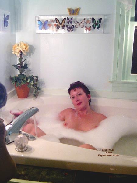 Pic #1 *TU Tori Luv in The Bubbles