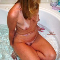*TU Natasha's Bathtime