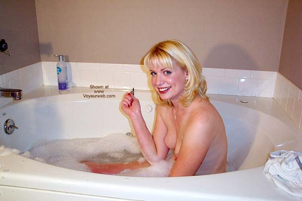 Pic #1 Steffanie - Bathtub and Then Some