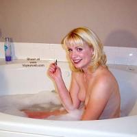 Sitting In Bath - Bath, Small Boobs , Sitting In Bath, Large Smile, Small Boobs, Led Lips, Blond Girl In A Tub, Foam Bath