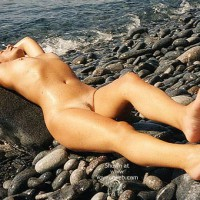 Nude Girl On Beach - Nude Outdoors, Beach Voyeur , Nude Girl On Beach, Laying On The Rocks, Beach Scene