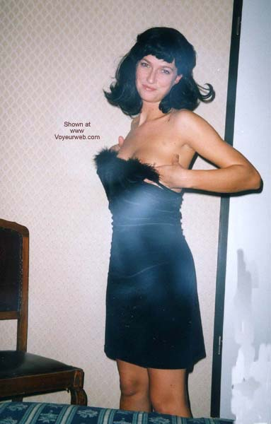 Pic #1 Selvaggia and a Black Wig