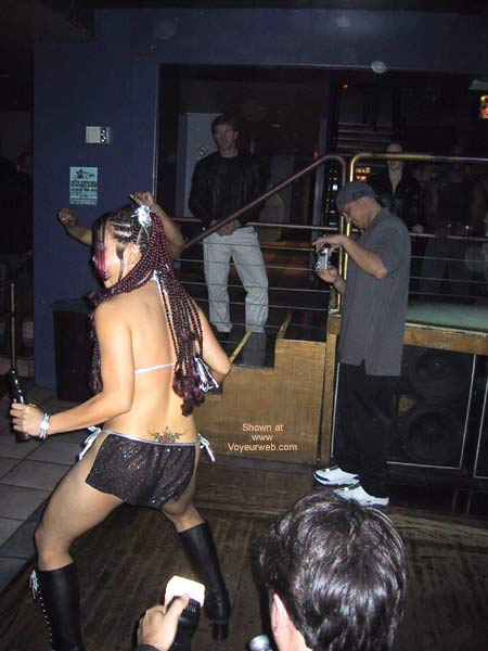 Pic #1 Naughty Asian Gurl At a Club!