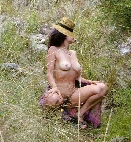 Pic #1 Gala Desnuda en San Martin de los Andes