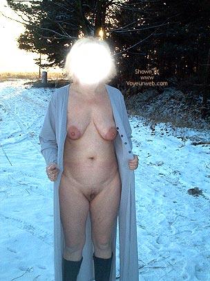 Pic #1 Mausi Nackt Im Schnee