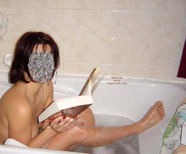 Pic #1 Wife in Bath