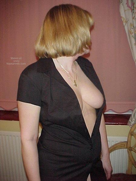 Pic #1 Debbie Gets Naked