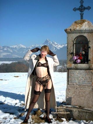 Pic #1 Eva de France a la Neige