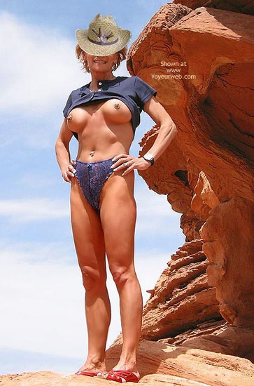 Pic #1Couples Get-Together: Erotic Fun at Valley of Fire