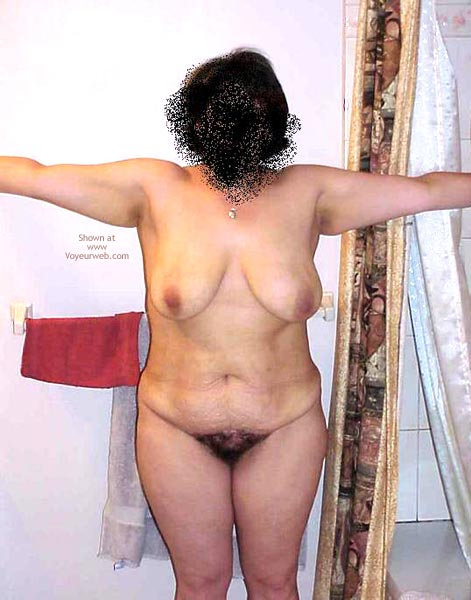 Pic #1 Wife Posing For Body Shots