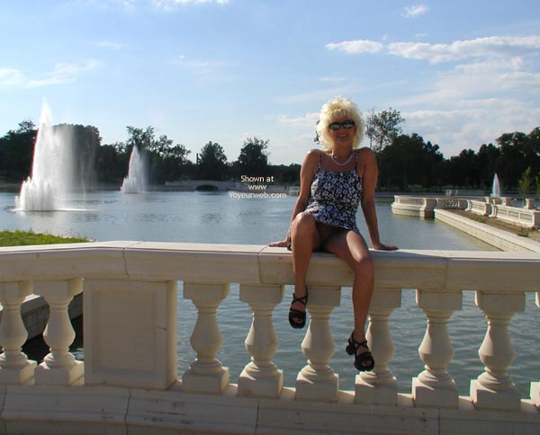 Pic #1 Stlouisfungirl Around Downtown