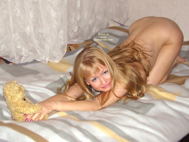 On Bed Nude With Teddy Bear - Blonde Hair , On Bed Nude With Teddy Bear, Blonde, A Matching Teddybear, Ass Up In The Air, Anal Wfi