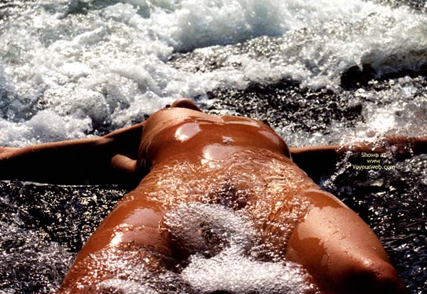Refreshing - Water , Refreshing, Cool Cool Water, Beautiful Naked Girl In Water