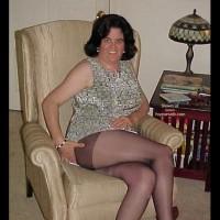 38DD Wife Strips