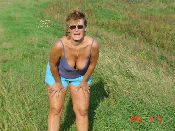 Pic #1 58 Year Old Canadian Wife Outdoors