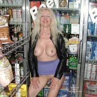 Summer - Store Flashing