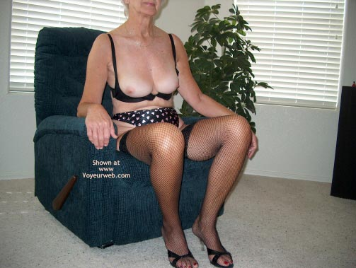 Pic #1 Mature Sexy Lady 3