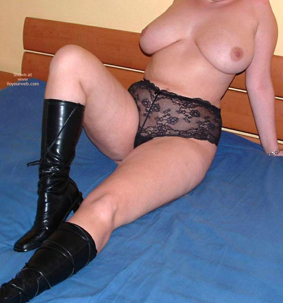Pic #1 My Wife Nude On The Net
