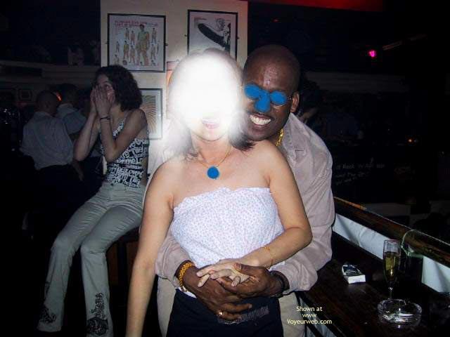 Pic #1 H.K. Girl in The Bar 1