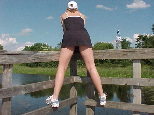 Pic #1 Daisy On The Boardwalk 2