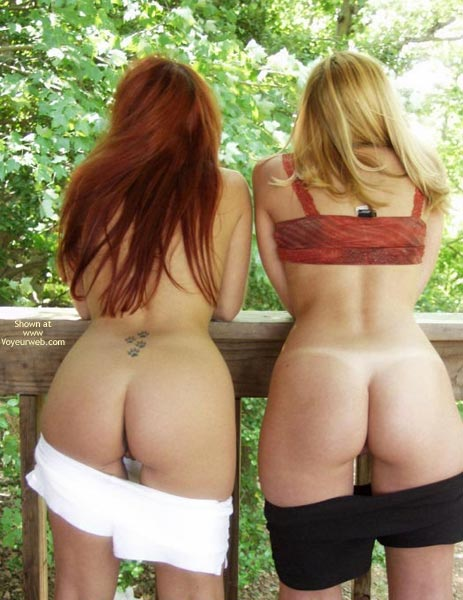 Pic #1 *Gg Cassie And Vixen Outside