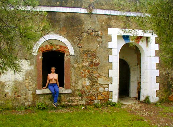 Pic #1 Tina In An Old Fort