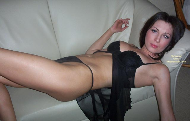 Pic #1 Erotic Eccose Black Nightie And Stockings 2
