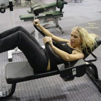 Nicki Hunter Works Out Those Abs