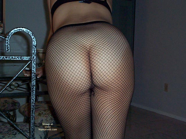 Pic #1 Gorgeous Ass in Fishnets