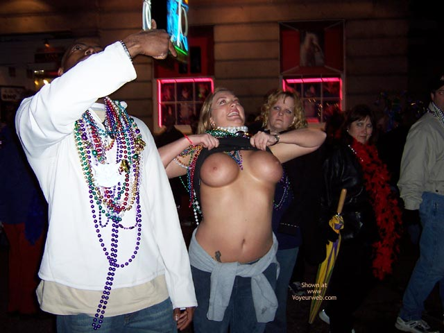 Pic #1 2004 New Orleans Mardi Gras 3