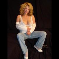 *Je Gc Hot At 45 In Her Vs Jeans