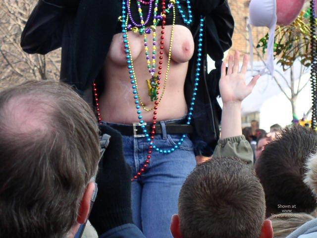 Pic #1 St. Louis 2004 Mardi Gras 2