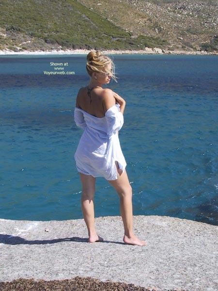 Pic #1 Elli On The Rocks