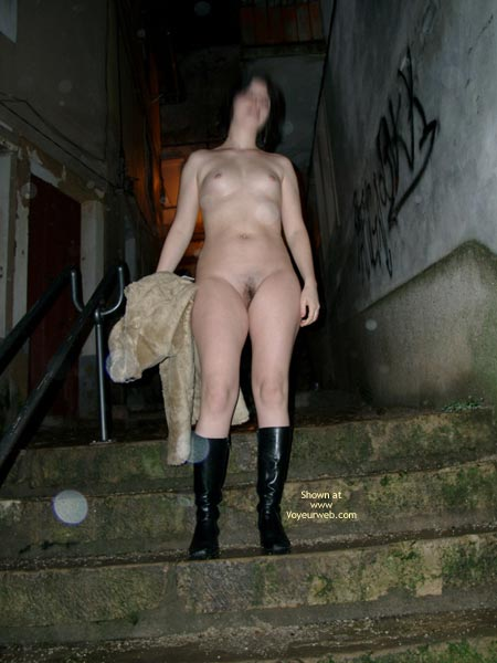 Pic #1 Mary Nude In Public