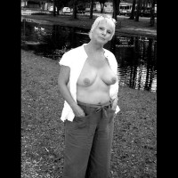 Redhotgrani (62yo) Black And White