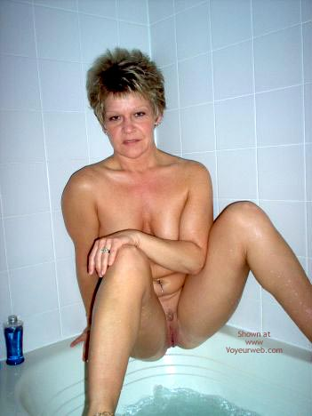 Pic #1 Angelique In The Tub 2