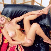 Pixie Blonde - Blonde Hair , Pixie Blonde, Tits With Black Learther, Bonita Tetas, Pink Aeroles