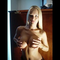 Cupping Breast - Huge Tits, Topless , Cupping Breast, Topless Facial, Huge Tits