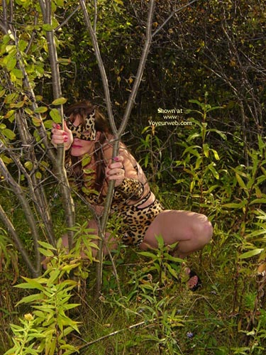 Pic #1 *Tw  Farrah Pussycat In Great Outdoors