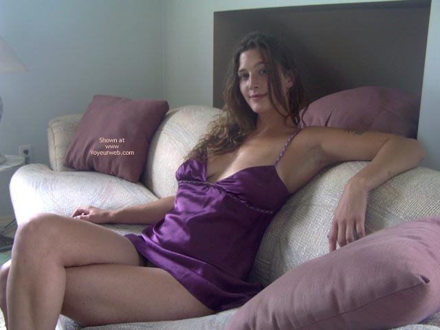 Pic #1 Kali Naked On The Couch 1