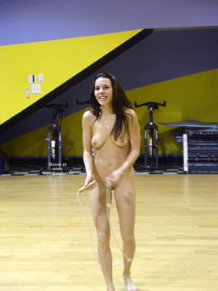 Pic #1 Cat Nude At The Gym