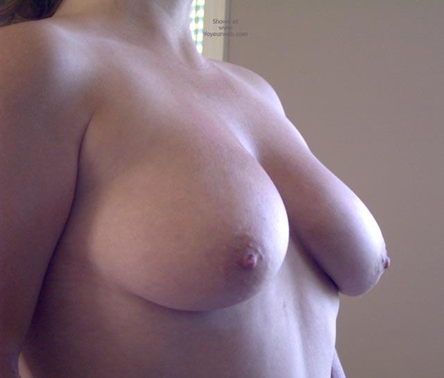 Pic #1 Tina Gets Naked