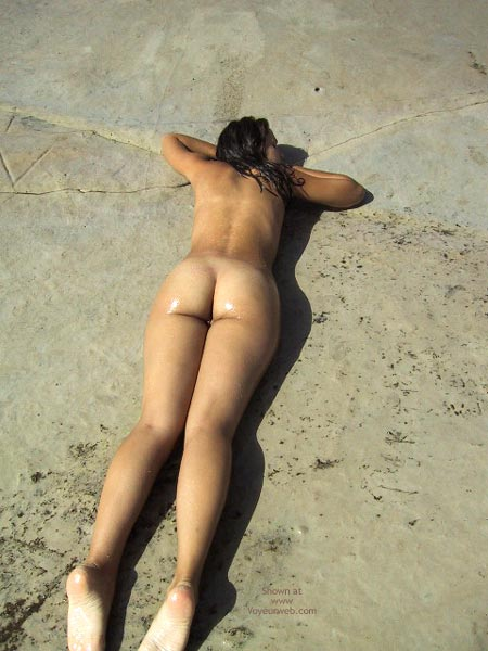 Pic #1 Girlfriend Nude In The Beach!
