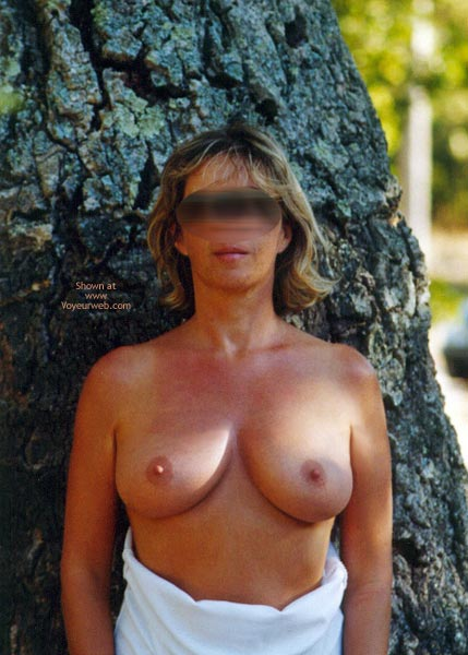 Pic #1Tina In The Woods Ballade En Foret
