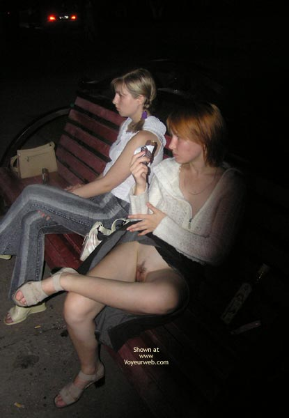 Flashing Pussy - Pussy Flash , Flashing Pussy, No Panties Upskirt On Park Bench, Pussy In The Park, Bush On A Bench, Flashing Pussy On Bench