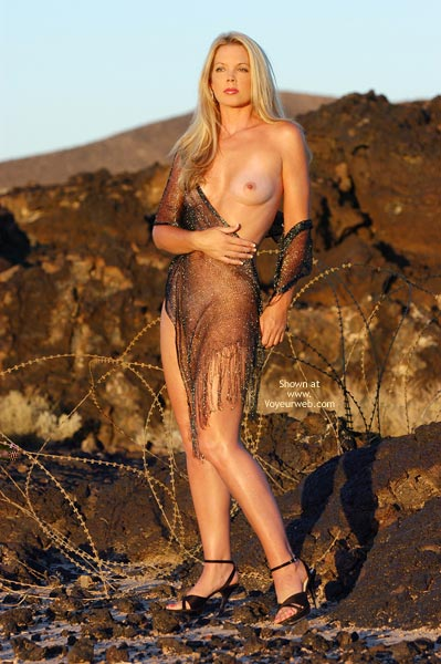 See-through Shawl , See-through Shawl, Naked In Wilderness, Outdoor Tits, Model Figure, Erotic Art