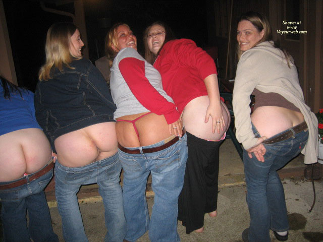 5 Local Ladies Mooning The Camera , Five Moons, The Butt Sisters, Mooning The Camera, No Grass Grew Where They Have Been, Ass Flash, Four Girls Showing Ass, Amateur Asses, Mooning Sisters, Group Ass