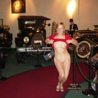 Flashing At A Museum - Nude Amateur , Flashing At A Museum, Museum Nude, The Pinto Show, Poseing Curvy, Small Areolas