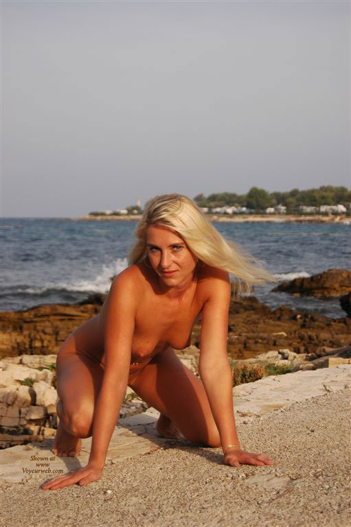 Nude Crouching On Rock - Blonde Hair, Nude Outdoors, Small Tits, Naked Girl, Nude Amateur , Silky Blonde Hair, Small Tits With Conical Nipples, Nude Blonde At The Beach, Wfi, Kneeling, On All Fours, Outdoor Doggy, Nude On The Beach
